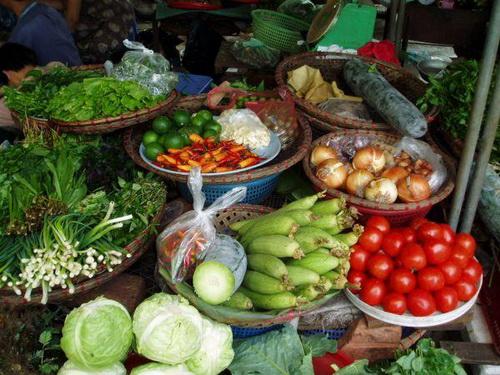 File:VietnameseFood.jpg