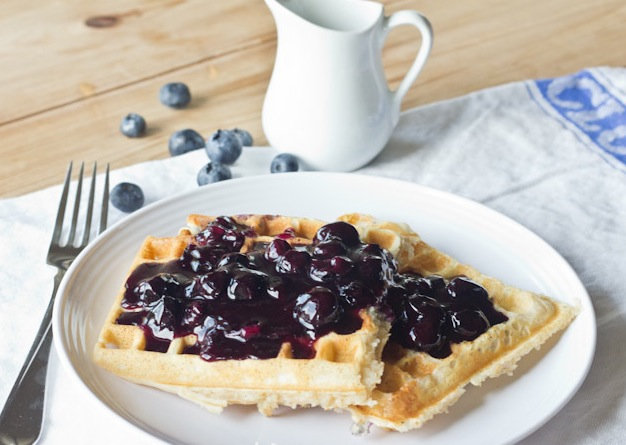 File:Blueberry-Waffles-2.jpg