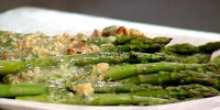 Asparagus with Walnuts and Vinaigrette