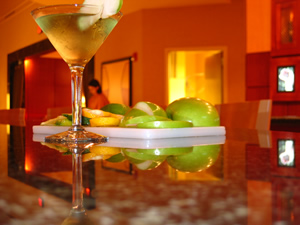 File:Martini apple image.jpg