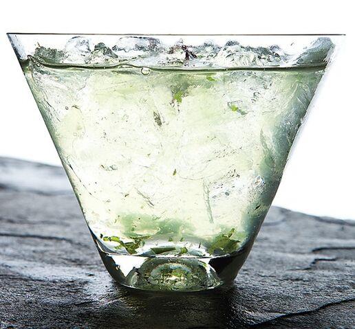 File:Manresa-cucumber-aloe-cocktail-606-646x600.jpg