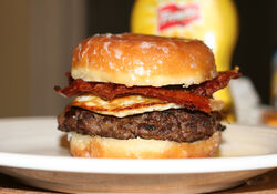 The+Ladys+Brunch+Burger-5227