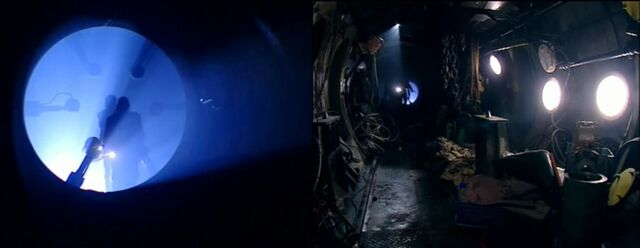 File:Centauri interior.jpg