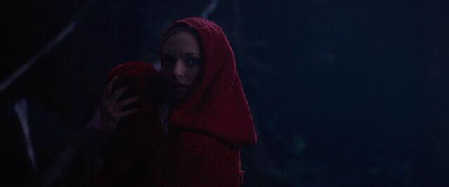 File:Red-Riding-Hood-BluRay-2011-Film-red-riding-hood-23983170-1920-800.jpg