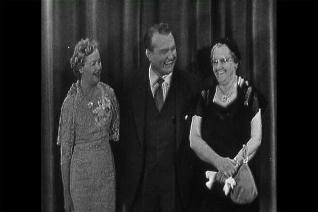File:1952 mothers.jpg