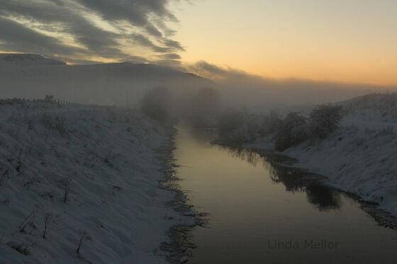 Snowy-freezing-sunset