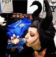 Nycc2014-maleficent-nukecola