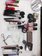 Make-Up - 13