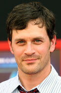 Tom Everett Scott 2