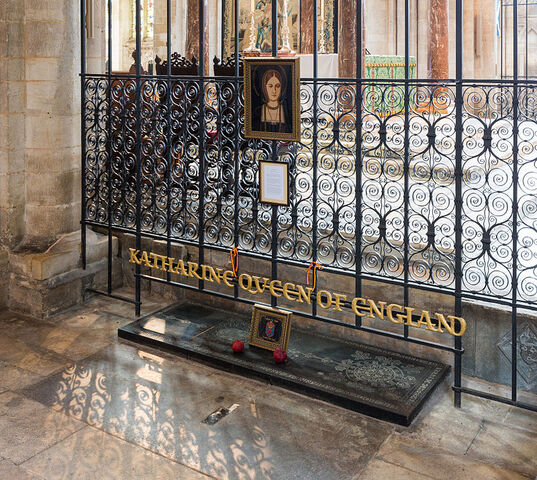 File:Tomb of Katherine of Aragon2.jpg