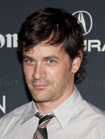 File:Tom Everett Scott (cropped).jpg