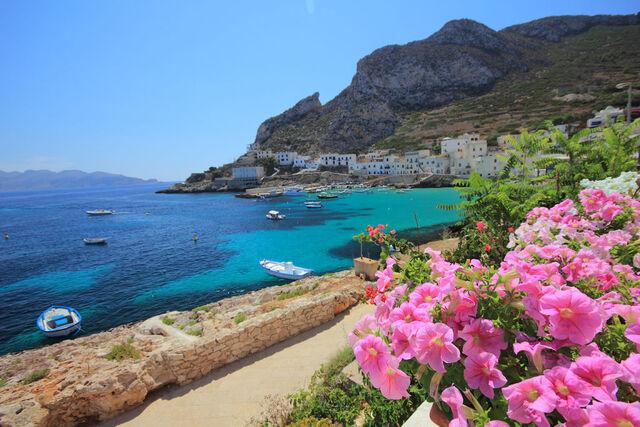 File:1024px-Isola di Levanzo, Sicilia, Italia.jpg