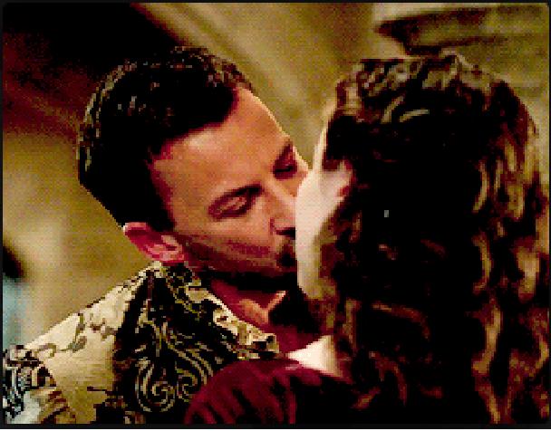 File:Narla kiss.png