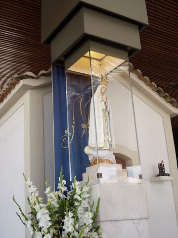 File:Virgen de Fátima.JPG