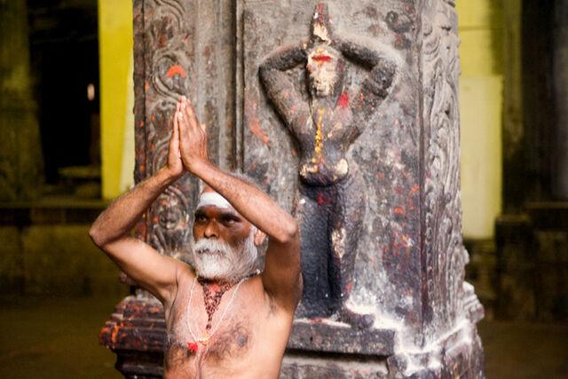 File:Indian sadhu performing namaste.jpg