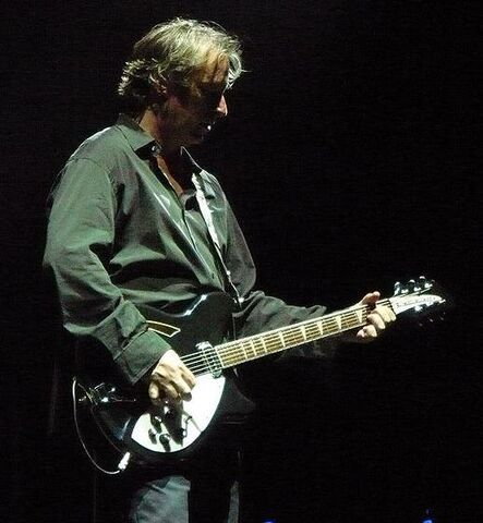 File:Peter Buck.JPG