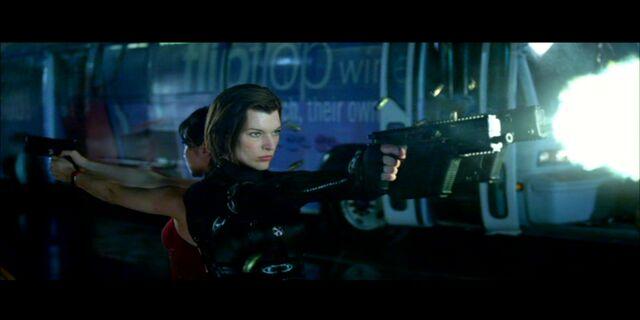 File:Alice shoots an Axeman.jpg
