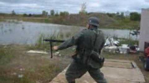 MG-42 sturmfeuer (assault fire)
