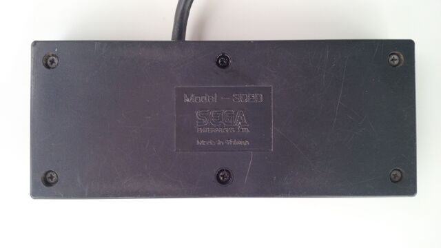 File:Sega Master System controller underside.jpg