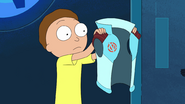 S3e4 morty gets vest