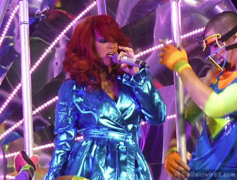 File:Rihanna-3-480x365.jpg