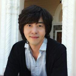 Hyun Huh