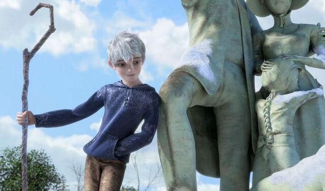 File:Jack Frost on statue.jpg