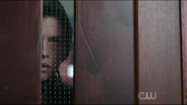 File:Season 1 Episode 2 A Touch of Evil Jughead looking through classroom door.png