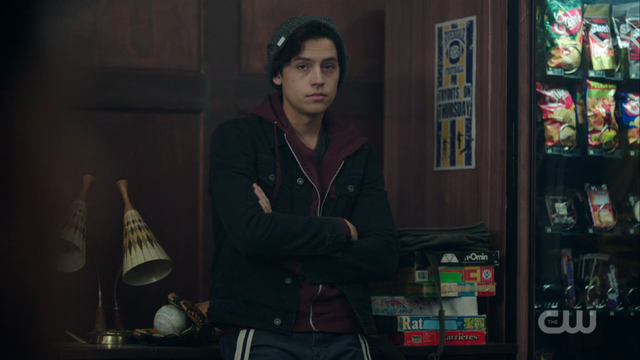 File:Season 1 Episode 2 A Touch of Evil Jughead in student lounge.png