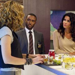Detectives Jane Rizzoli & Barry Frost