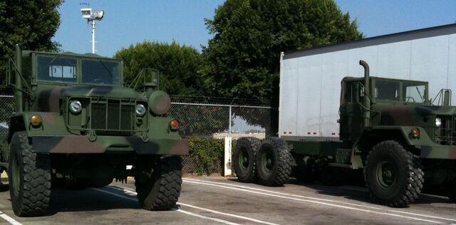 File:Trucks 2.jpg