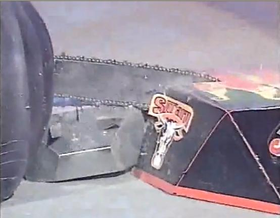 File:Chainsaw lock up.JPG