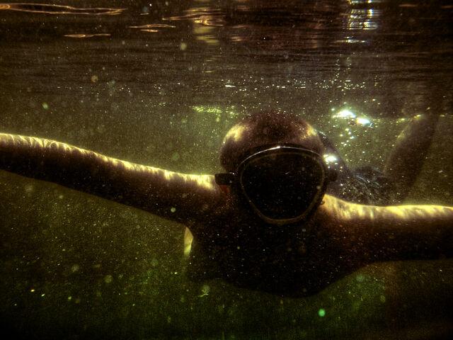 File:Underwater Explorer-727.jpg
