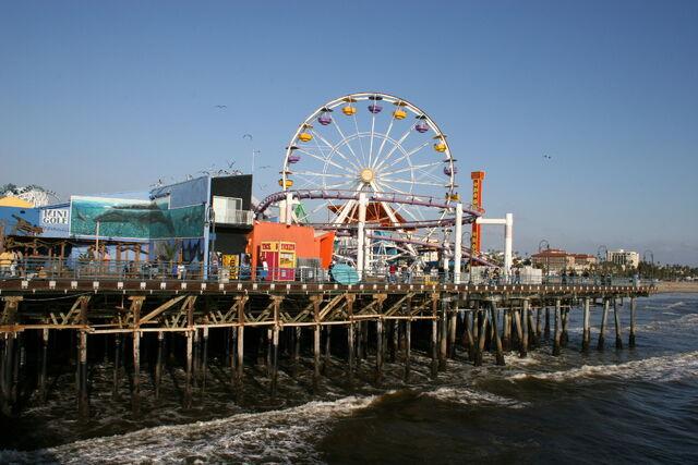 File:Santa Monica Pier-8476.jpg