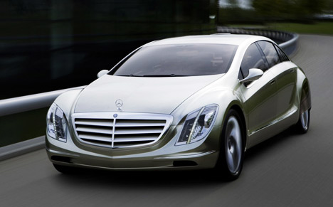 File:Mercedes-f700-car-j01.jpg