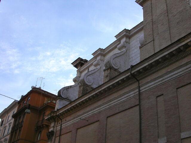 File:2011 Maria ai Monti detail.jpg