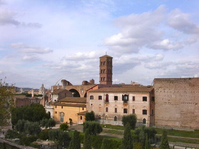 File:2011 Francesca di Roma from Palatine.jpg