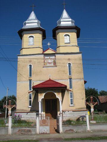 Fișier:Biserica Sf Nicolae (Săsciori, Brașov).jpg