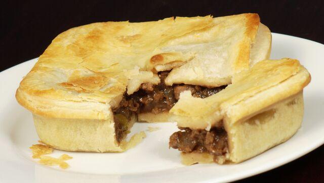 File:Meat pie.jpg
