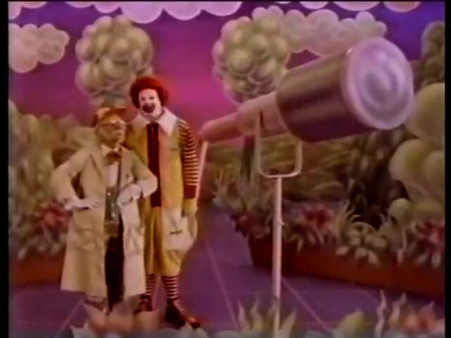 File:Ronald & Professor.jpg