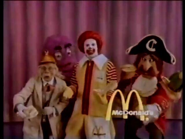 File:Ronald McDonald & Friends 10.jpg