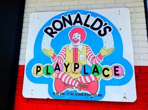 File:Ronald's Playplace Sign.jpg