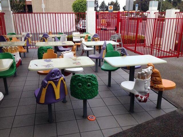 File:McDonald's Playplace 7.jpg