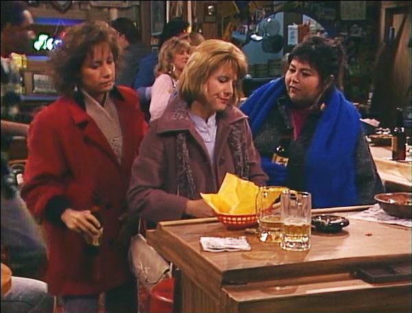 File:Roseanne-season-1-8-heres-to-good-friends-rosie-jackie-crystal-barr-laurie-metcalf-natalie-west-review-episode-guide-list.jpg
