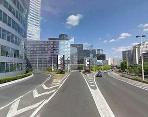 Bd circulaire La Défense carrefour D21 1 - 2011.jpg