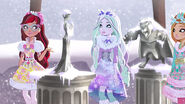 EW - WW - Rosabella tells history crystal Ash
