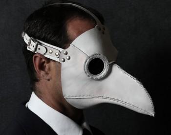 File:Plague-mask.jpg