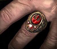 Rebel signet ring