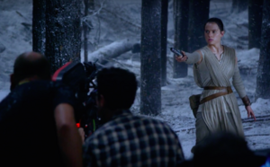 Daisy Ridley films lightsaber duel.png
