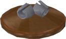 File:Reinald's Smithing Emporium Silver clasps stand.png